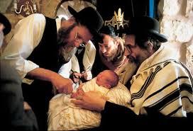 Religiones que practican la circuncisión.