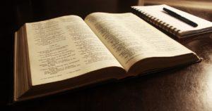 ¿Cómo empezar a leer la Biblia Católica?