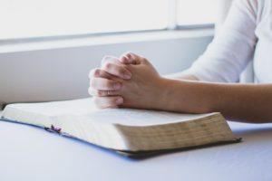 Pasajes de la Biblia para momentos difíciles