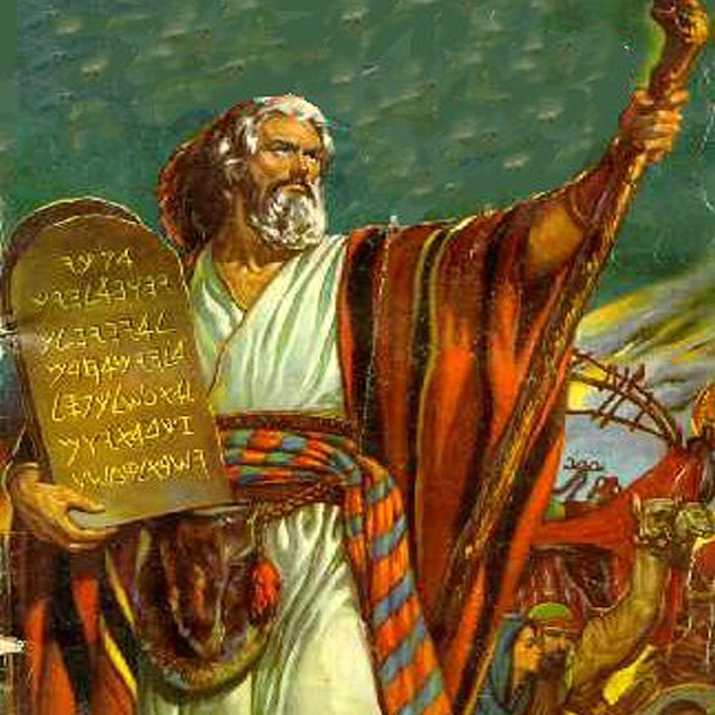 Moisés con los 10 mandamientos